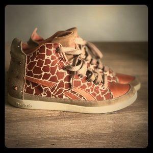 Reebok Giraffe print 🖤